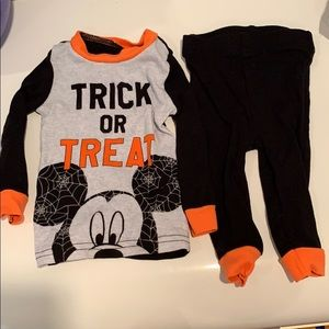 Mickey Mouse Halloween 🎃 Trick or Treat Outfit